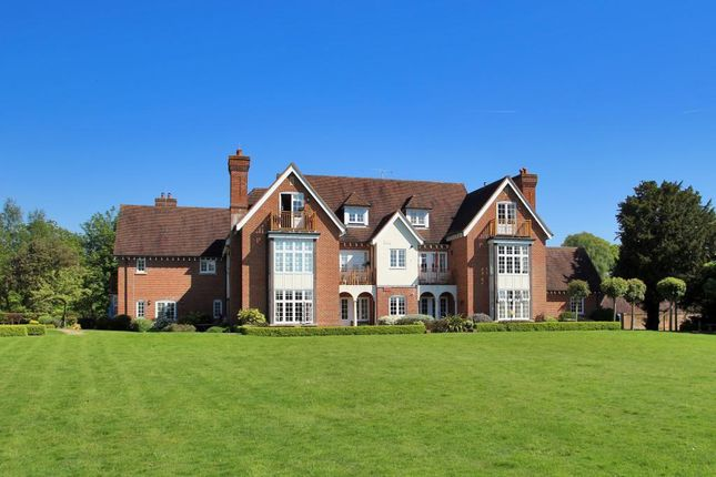 Thumbnail Flat for sale in Hall House, Moor Hill, Hawkhurst, Kent