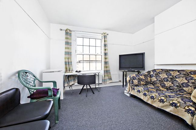 3 bed flat for sale in Falmouth Road, London SE1