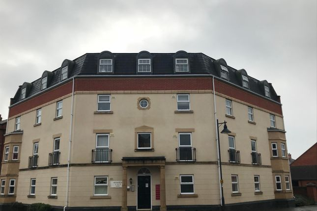 2 bed flat to rent in Muirfield, Swindon