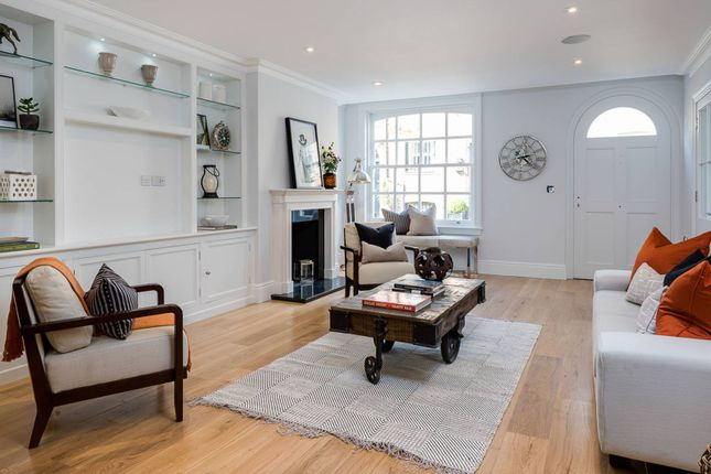 Thumbnail Property for sale in Turnchapel Mews, Battersea