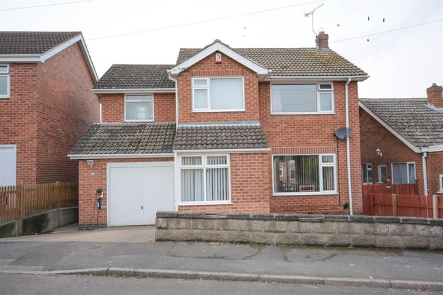 Thumbnail Detached house for sale in Lowlands Drive, Keyworth, Nottingham