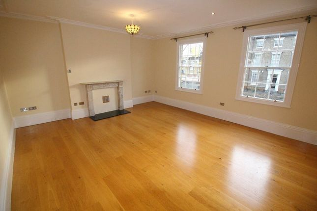 Thumbnail Flat to rent in Warwick Street, Rugby
