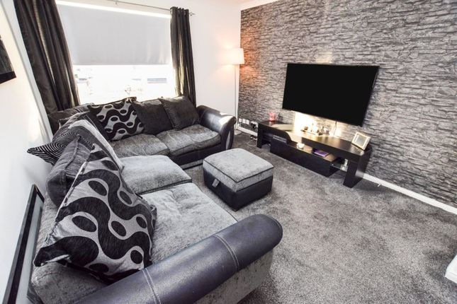 Living Room of Currieside Avenue, Shotts ML7