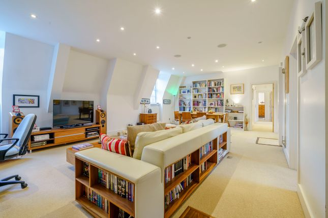 Thumbnail Flat for sale in Ottershaw Park, Ottershaw, Chertsey