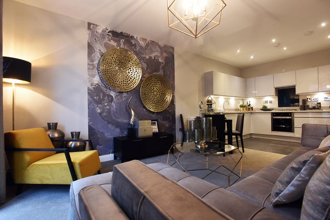Thumbnail Flat for sale in Apt 21 Abbotsbury Court, Garden Square East, Dickens Heath