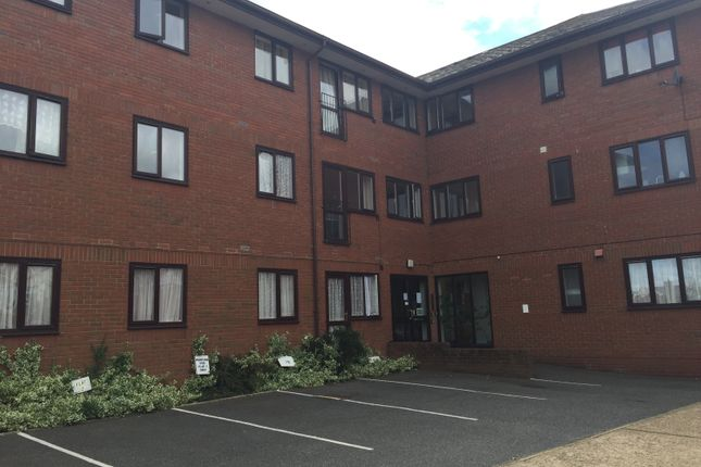 Thumbnail Flat to rent in New Street, Newport