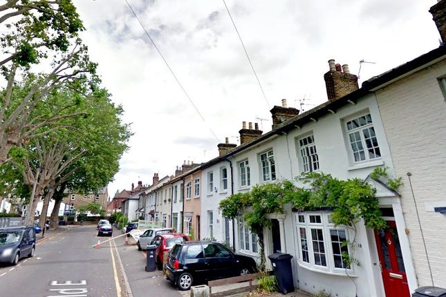 Thumbnail Flat to rent in Fairfield Road, Kingston Upon Thames