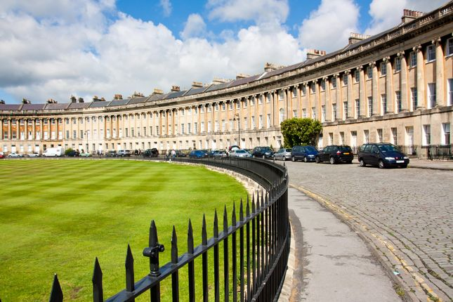 Thumbnail Property to rent in Royal Crescent, Bath