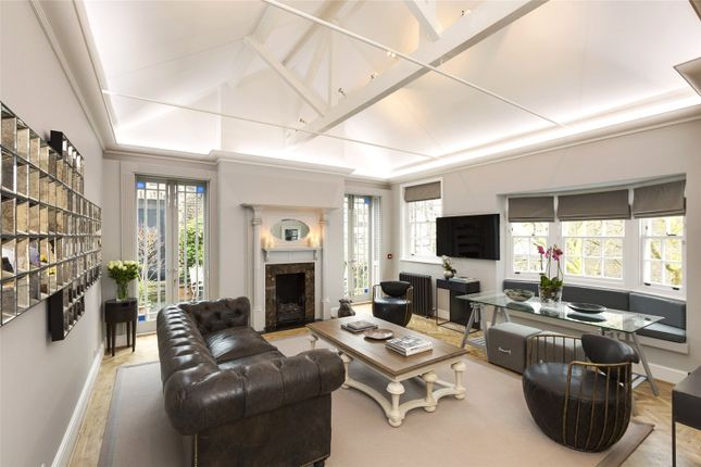 Thumbnail Flat to rent in North Audley Street, Mayfair, London
