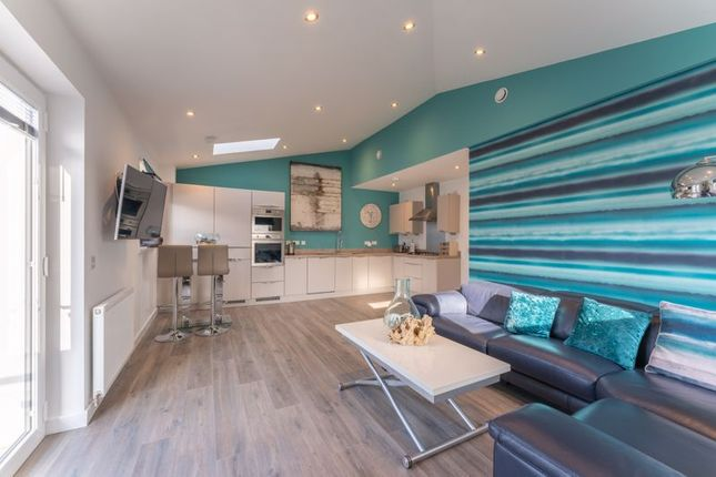 Thumbnail Flat for sale in Harbour Way, Alloa
