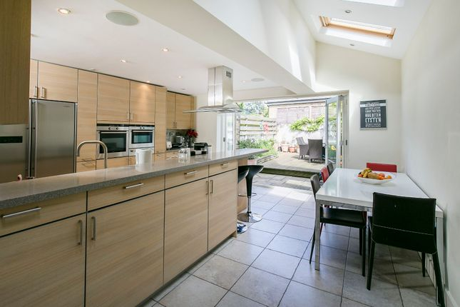 Thumbnail Terraced house for sale in Honeywell Road, London