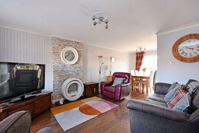 Living Room of Wooldale Drive, Owlthorpe, Sheffield S20