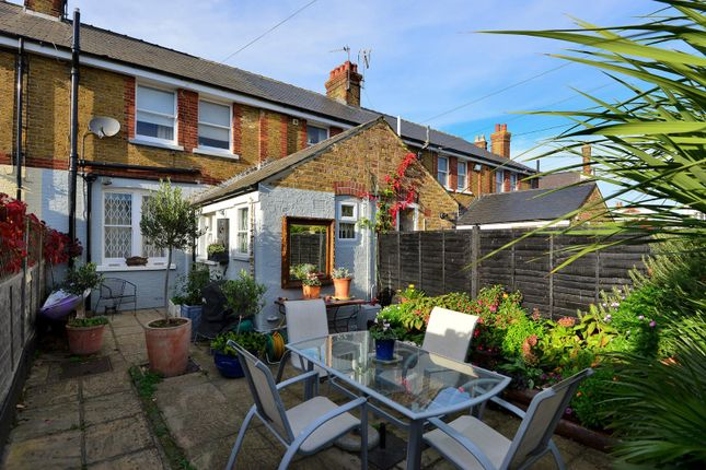 3 bed property for sale in Island Wall, Whitstable