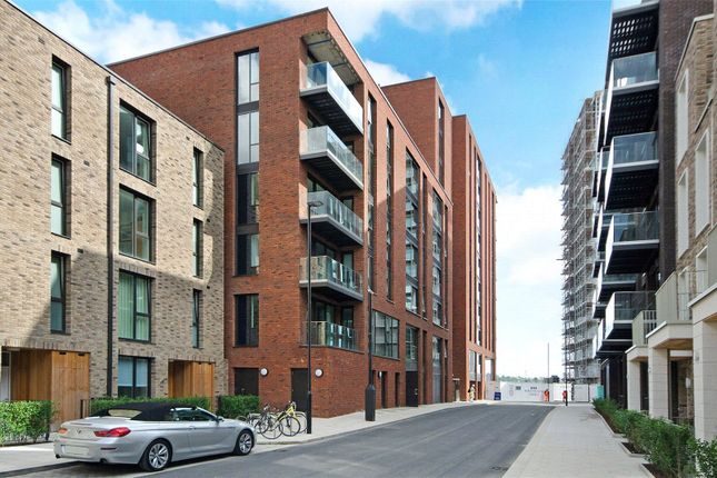 Thumbnail Flat to rent in Summerston House, 51 Starboard Way, Royal Wharf, London