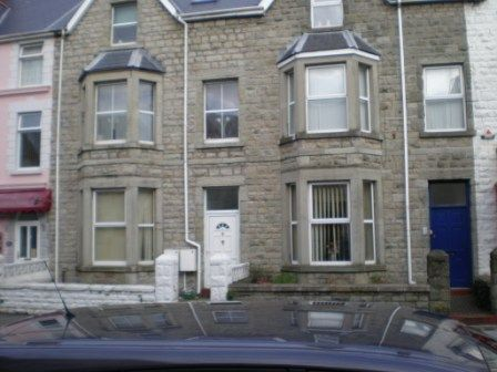 Thumbnail Flat to rent in Mary Street, Porthcawl