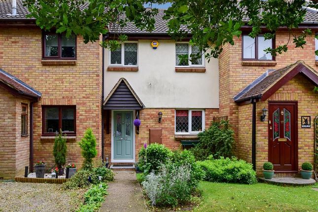 Thumbnail Terraced house for sale in Windmill Way, Kelvedon Hatch, Brentwood, Essex