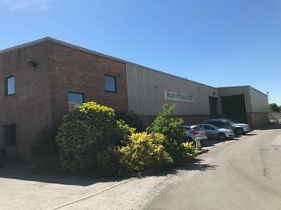 Thumbnail Warehouse to let in Unit 4, Derwent Park, Hawkins Lane, Burton Upon Trent, Staffordshire