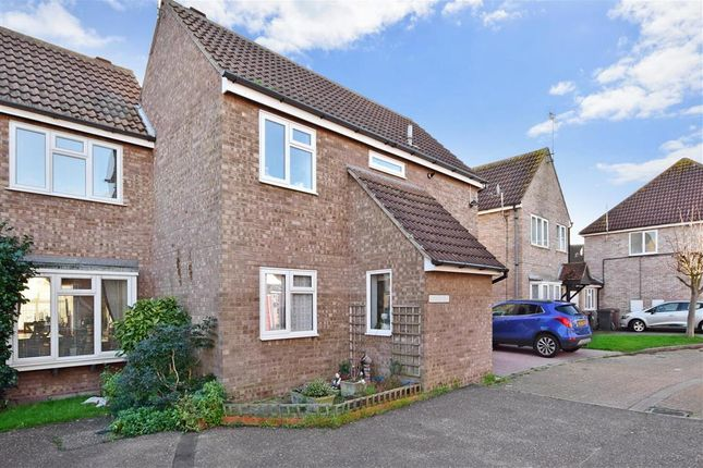 Thumbnail Semi-detached house for sale in Colne Close, South Woodham Ferrers, Chelmsford, Essex