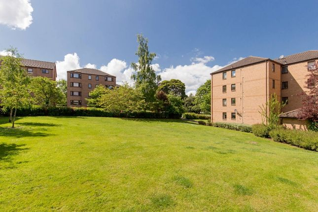 Photo 14 of Craigend Park, Liberton, Edinburgh EH16
