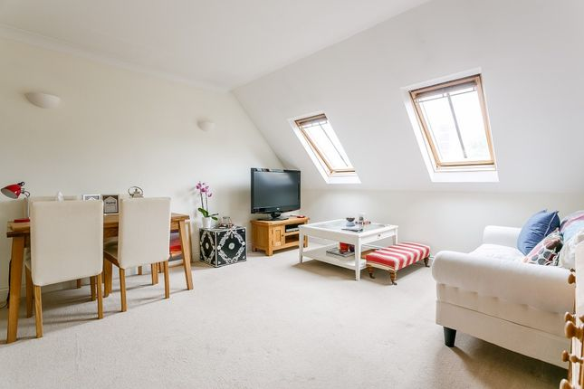 Thumbnail Flat to rent in Portland Road, Kingston Upon Thames