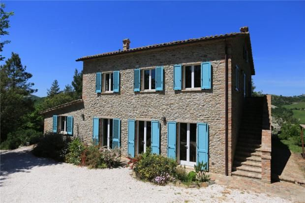 Thumbnail Farmhouse for sale in The Hill That Breathes, Urbino, Marche