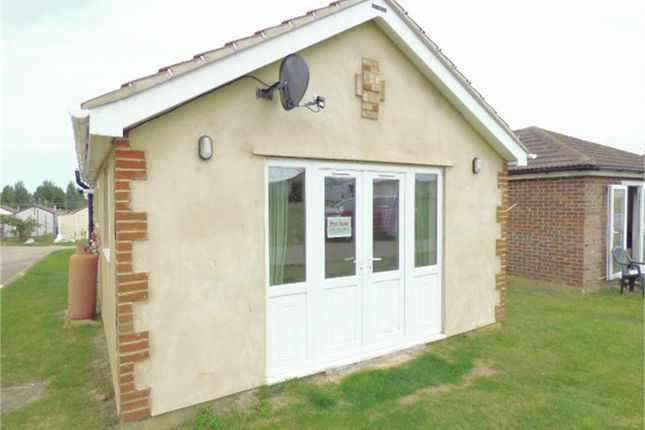 Thumbnail Mobile/park home for sale in Park Avenue, Leysdown-On-Sea, Sheerness, Kent