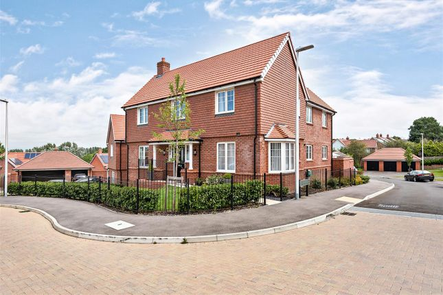 Thumbnail Detached house for sale in Townsend Road, Stone Cross, Pevensey