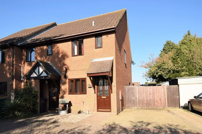 Thumbnail Terraced house to rent in Marlborough Place, Dunstable