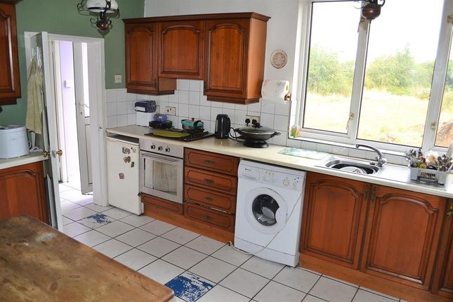 Kitchen of Hall Lane, Lichfield WS14