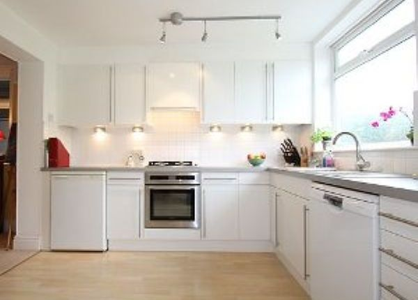 Thumbnail Semi-detached house to rent in Earlsway, Chester