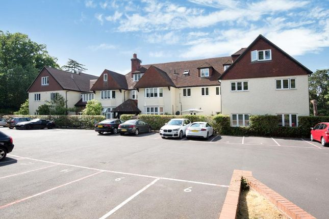 Thumbnail Flat for sale in Heath House Road, Woking