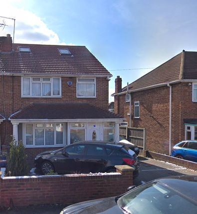 Thumbnail Semi-detached house to rent in Laburnum Road, Hayes
