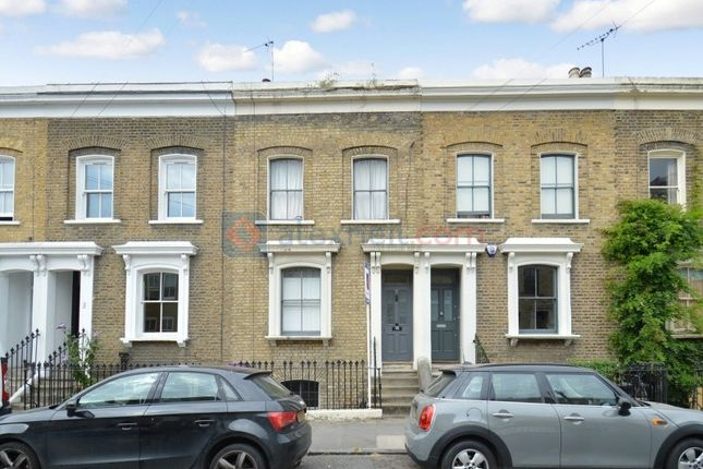 Thumbnail Flat to rent in Ellesmere Road, London