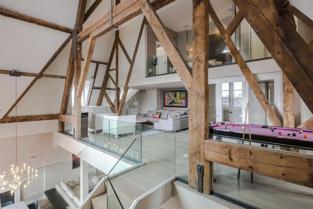 Thumbnail Flat to rent in St. Pancras Chambers, Kings Cross