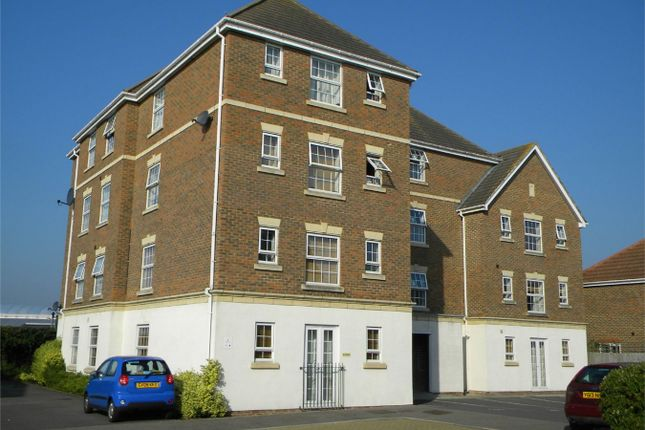 Thumbnail Flat for sale in Poplar Close, Bexhill On Sea, East Sussex
