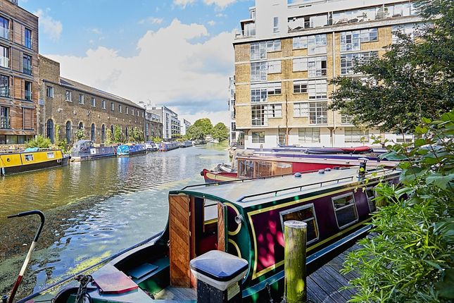 Thumbnail Houseboat for sale in Wenlock Basin 56A Wharf Road, London