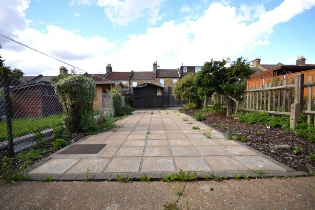Thumbnail Terraced house to rent in Killearn Road, London