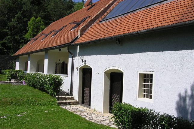 Farmhouse for sale in Pula, Near Lake Balaton, Hungary
