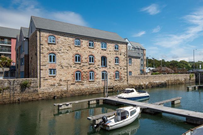 2 bed flat for sale in Anchor Terrace, Quay Hill, Penryn TR10
