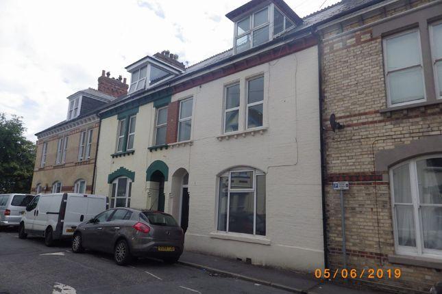 Thumbnail Flat to rent in Summerland Street, Barnstaple