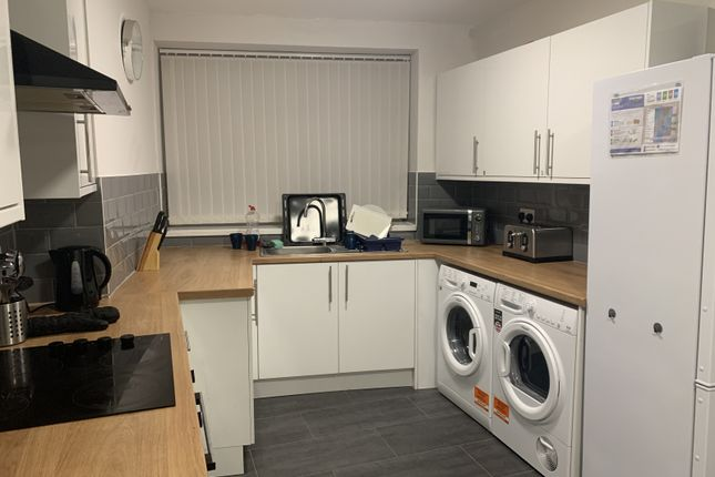 Thumbnail Shared accommodation to rent in Blythe Street, Barnsley, Wombwell