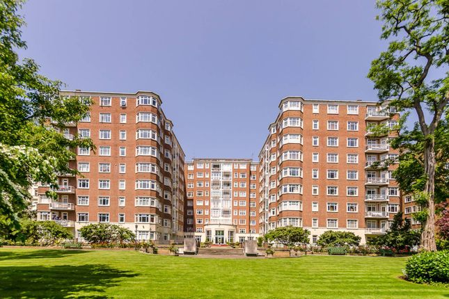 3 bed flat for sale in Princes Gate, Knightsbridge