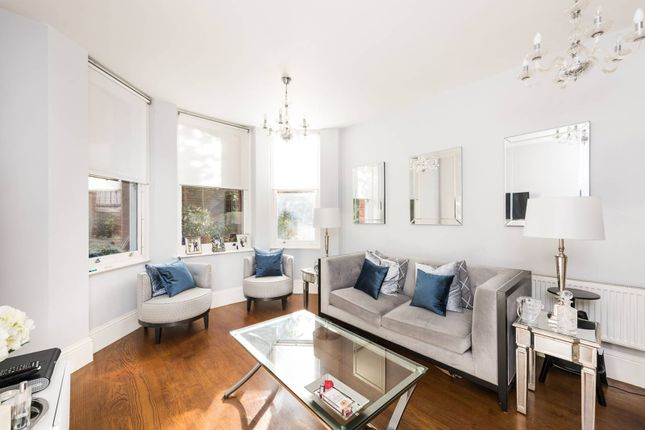 Flat for sale in Nevern Square, Earls Court, London