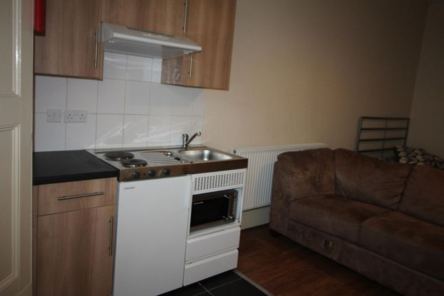 Kitchen of Merton Road, Bootle L20