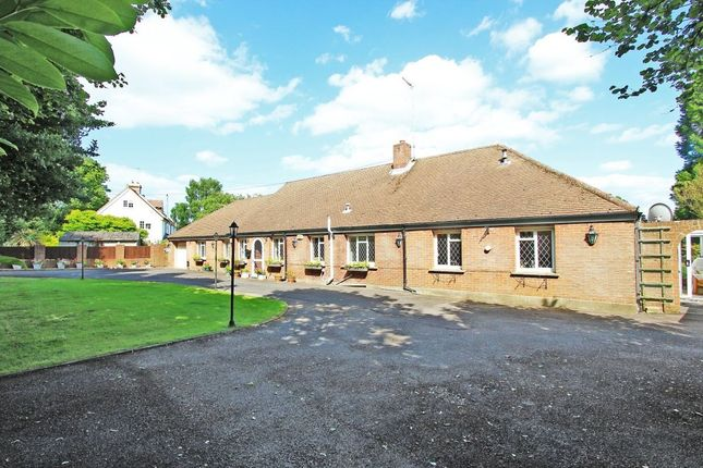 Thumbnail Bungalow for sale in Priestwood Road, Meopham, Gravesend