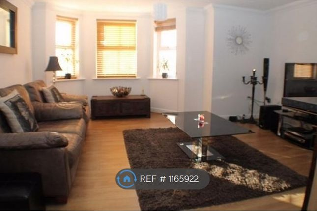 Thumbnail Flat to rent in Moss Hey, Wirral