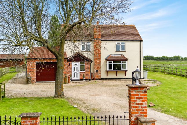 Thumbnail Equestrian property for sale in Trader Bank, Sibsey