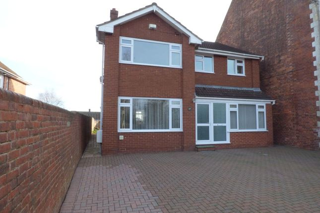 Thumbnail Shared accommodation to rent in Polsloe Road, Exeter