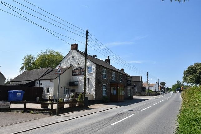 Thumbnail Pub/bar for sale in Station Road, Charfield, Wotton-Under-Edge