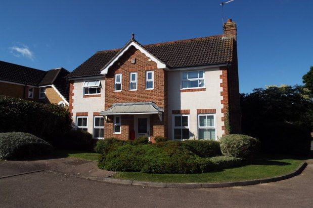 Thumbnail Detached house to rent in Maidenbower, Crawley